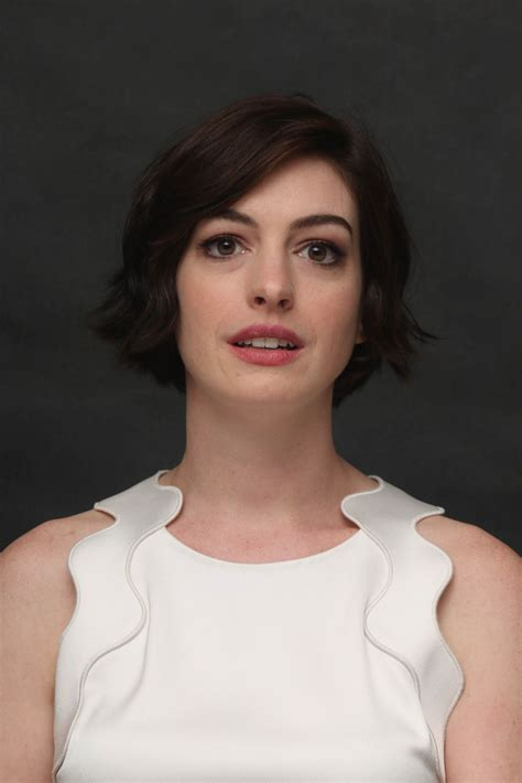 Anne Hathaway    Interstellar  Press Conference in Beverly ...