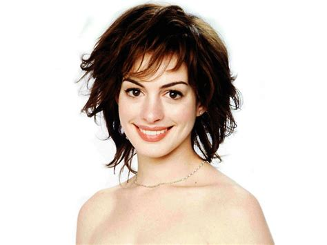 Anne Hathaway pics | Hot Famous Celebrities