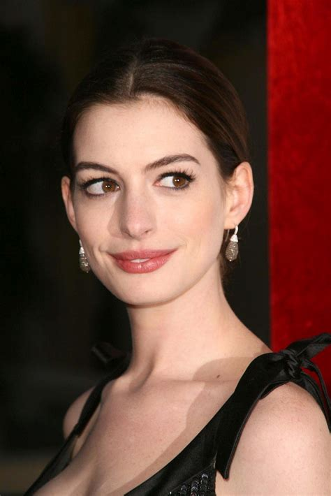 Anne Hathaway pictures gallery  11  | Film Actresses