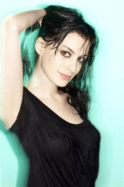 Anne Hathaway pictures gallery  17  | Film Actresses