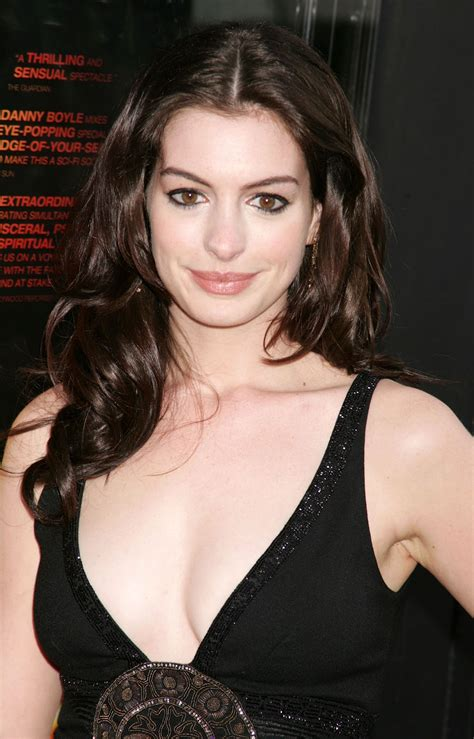 Anne Hathaway pictures gallery  22  | Film Actresses