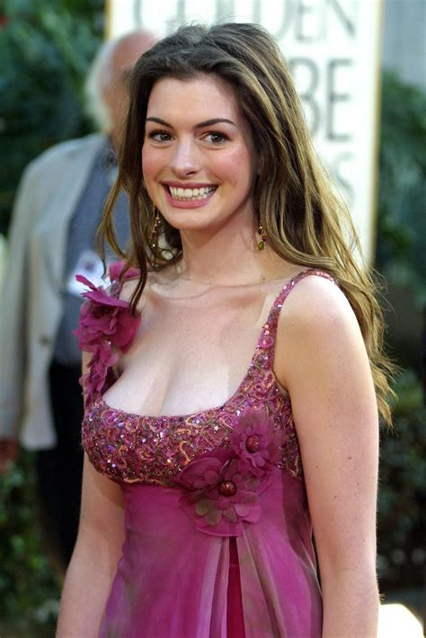 Anne Hathaway pictures gallery  3  | Film Actresses