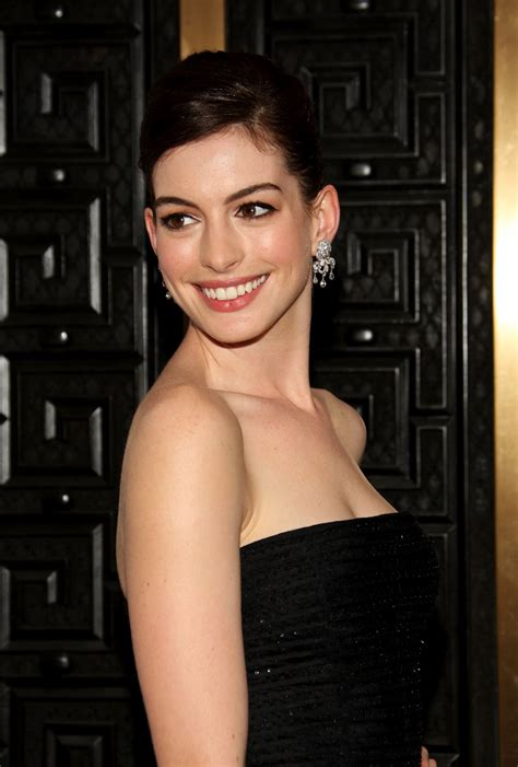 Anne Hathaway pictures gallery  5  | Film Actresses