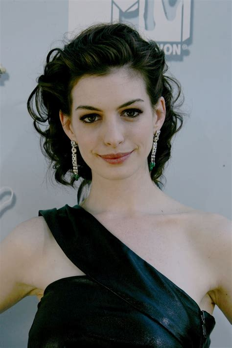 Anne Hathaway pictures gallery  6  | Film Actresses