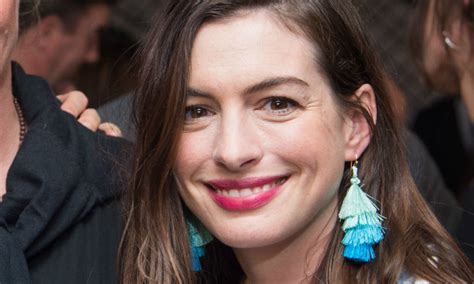 Anne Hathaway posts rare, filter free photo on Instagram