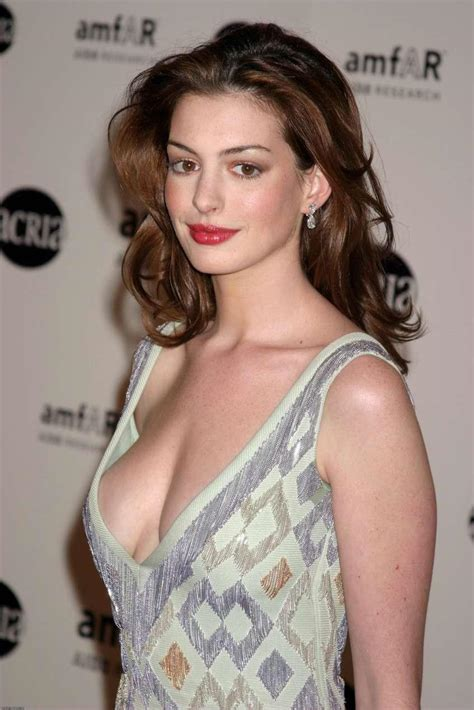 Anne Hathaway Profile And Latest Pictures 2013 | World ...