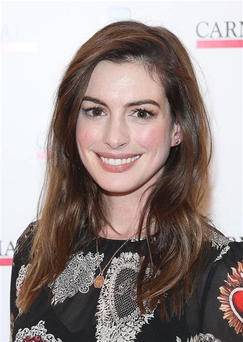 Anne Hathaway s gothic heart dress is the perfect holiday ...