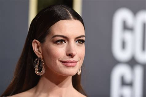 Anne Hathaway s Quotes on Past Insecurities People Jan ...
