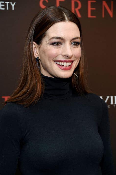 """Anne Hathaway – """"Serenity"""" Premiere in New York"""