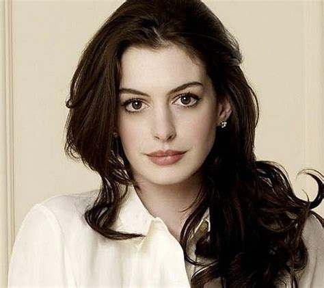 Anne Hathaway to Star in Grounded at the Public Theater ...
