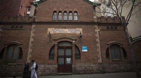 Apartada una conserje de un instituto de Barcelona por ...