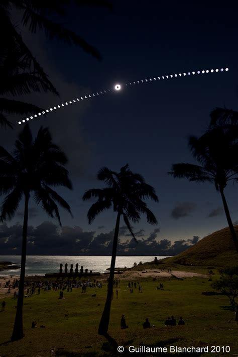APOD: 2010 July 30   Eclipse on the Beach