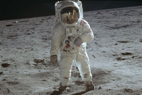 Apollo 11 astronauts hailed as heroes, 50 years after ...