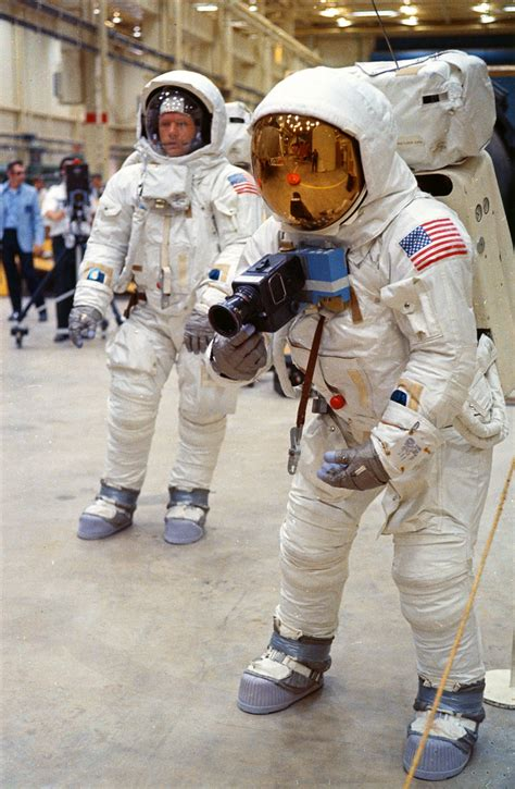 Apollo 11 astronauts practicing lunar surface mobility at ...