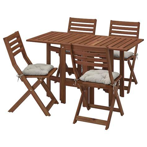 ÄPPLARÖ Mesa y 4 sillas pleables, exterior   tinte café ...