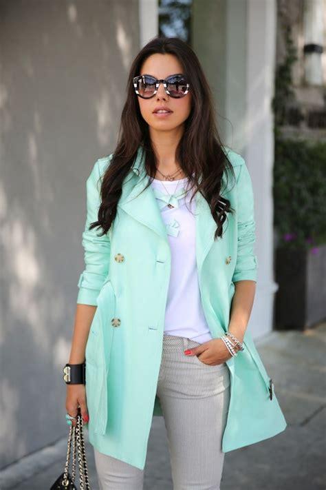 Aprende a Combinar el Color Verde Menta en tus Outfits