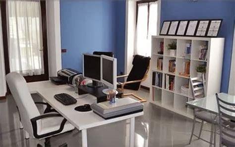 Aprende Cómo Diseñar y Decorar Oficinas en Tonos de Azul