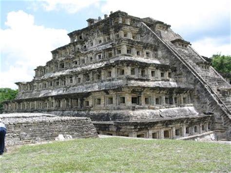 Aprende todo sobre las Piramides Olmecas y sus características