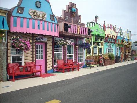 Aquarium Village, see the pirates?   Picture of Oregon ...