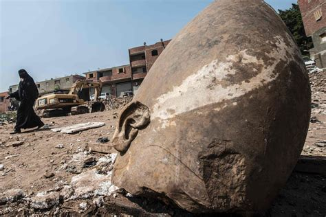 Archaeologists Find Massive 3,000 Year Old Statue in Cairo ...