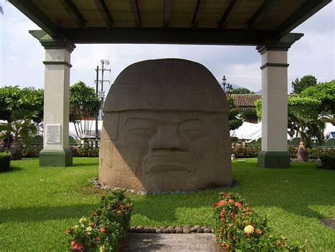 Archivo:Cabeza olmeca, Santiago Tuxtla.jpg   Wikipedia, la ...