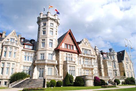 Archivo:Palacio de la Magdalena  Santander, Cantabria .jpg ...