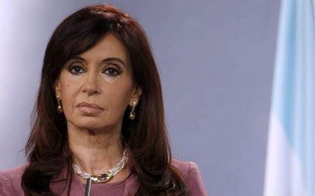 Argentina: president Cristina Fernandez easily wins ...