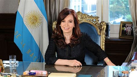 Argentina President Ditches Dollars to Save in Pesos ...