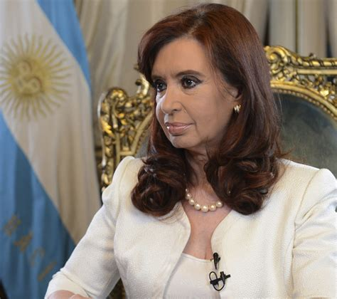 Argentina s President Fernandez Vows to Avert Default ...