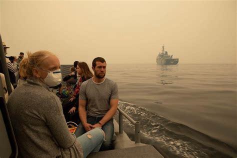 Armada australiana comienza a evacuar a miles de afectados ...