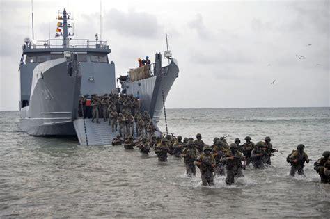 Armada de Colombia celebró el octogésimo primer ...