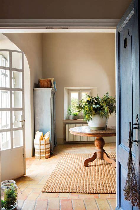 Armarios para el recibidor: prácticos y muy bonitos