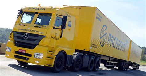 Armoured Axor for valuable cargo transport in Brazil ...