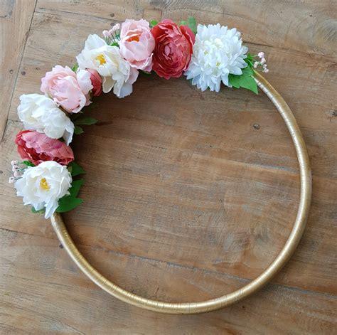 Aro con flores para decorar • Celebra con Ana