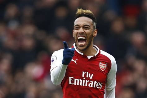 Arsenal: Pierre Emerick Aubameyang just does what he does