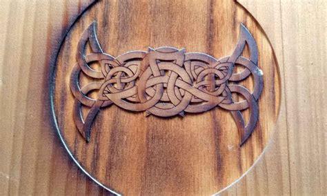 Artesanía en talla de madera