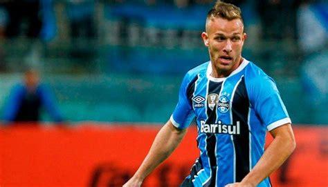 Arthur anuncia su inminente llegada al Barça   Deportes ...