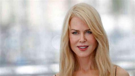 Así luce Nicole Kidman con canas y sin una gota de ...