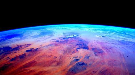 Astronauta con 293 días en órbita comparte imágenes desde ...