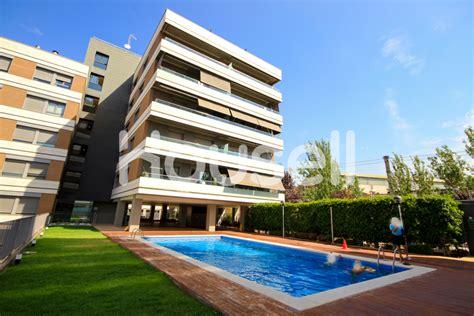 Ático en venta de 94 m² en Calle Ernest Lluch, 08940 ...