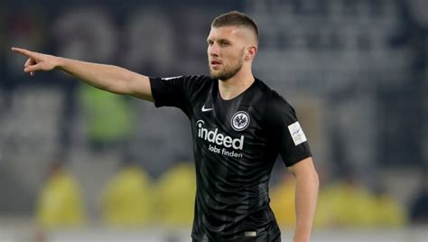 Atletico Madrid in Advanced Negotiations to Sign Eintracht ...