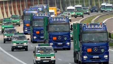 Atommüll: Castor Transport aus Sachsen in Ahaus ...