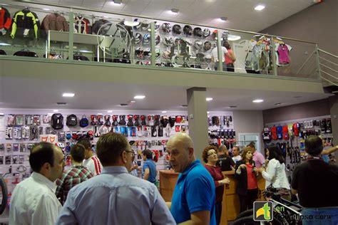 Auto Moto Tomelloso inaugura una exposición especializada ...