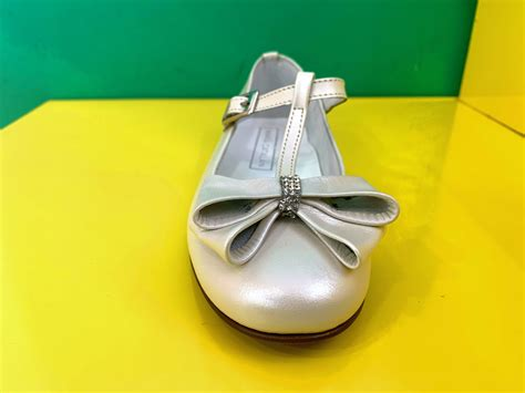 Avance en zapatos de comunión 2020   Almeria is Different
