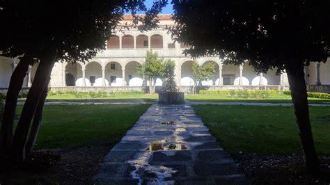 Ávila   Visitando El Museo Oriental del Monasterio de ...