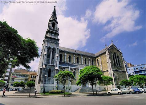 Avilés: Avilés Asturias Iglesia Santo Tomás de Canterbury