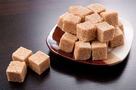 Azúcar moreno: ¿Más sano que el blanco?