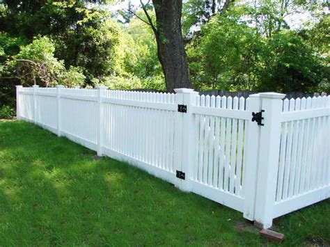 Backyard fence price   Outdoor furniture Design and Ideas