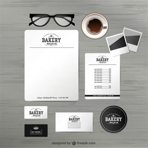 Bakery identity mock up Vector | Free Download