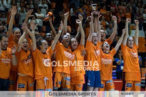 BALONCESTO | El Valencia Basket femenino asciende a Liga ...